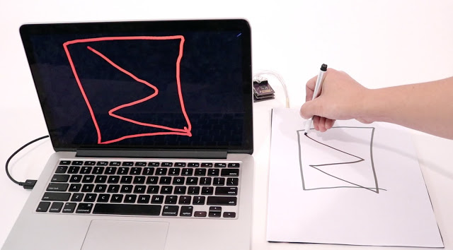 باحثون يتوصلون إلى رقمنة ورق الكتابة وجعله حساس للمس